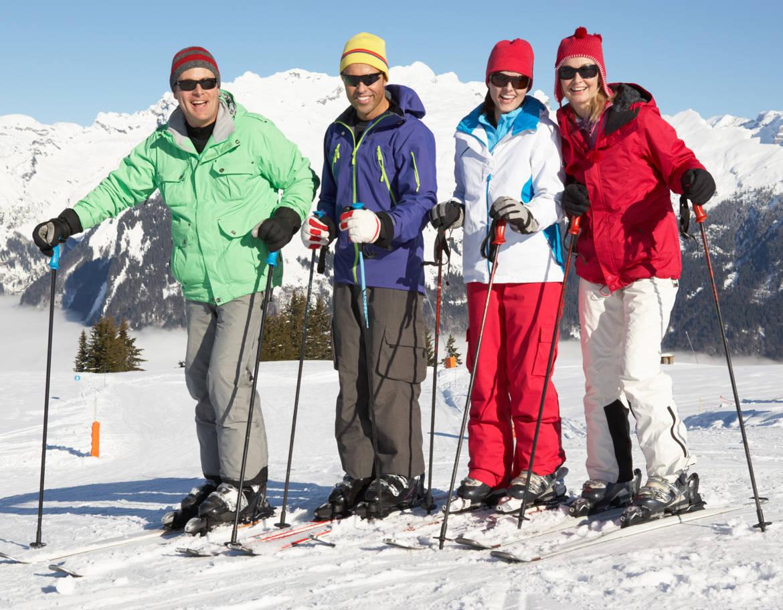 adulte-groupe-ski.jpg